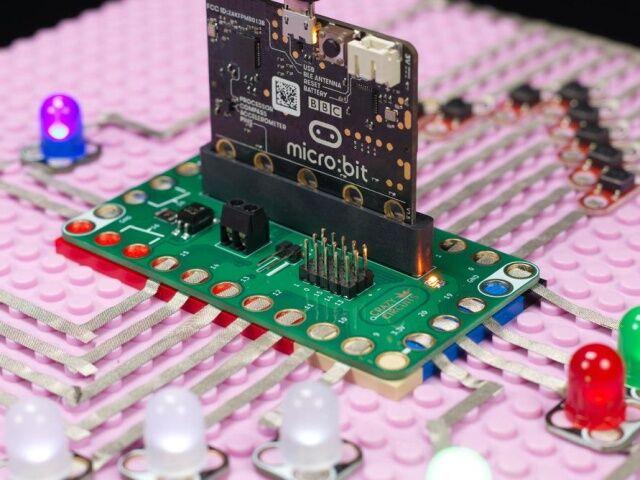A4887 Crazy Circuits Bit Board Kit - Makes micro:bit