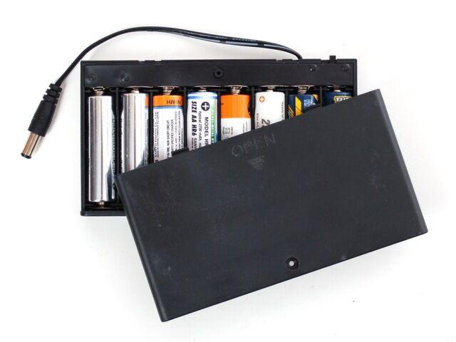 A875 Elemtartó doboz 8xAA 5.5/2.1mm dugóval és kapcsolóval