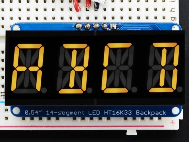 A2158 Quad Alphanumeric Display - Yellow 0.54