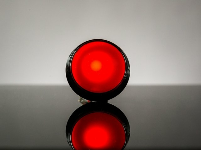 A1190 átmérő 60mm, piros nagyméretű ledes nyomógomb